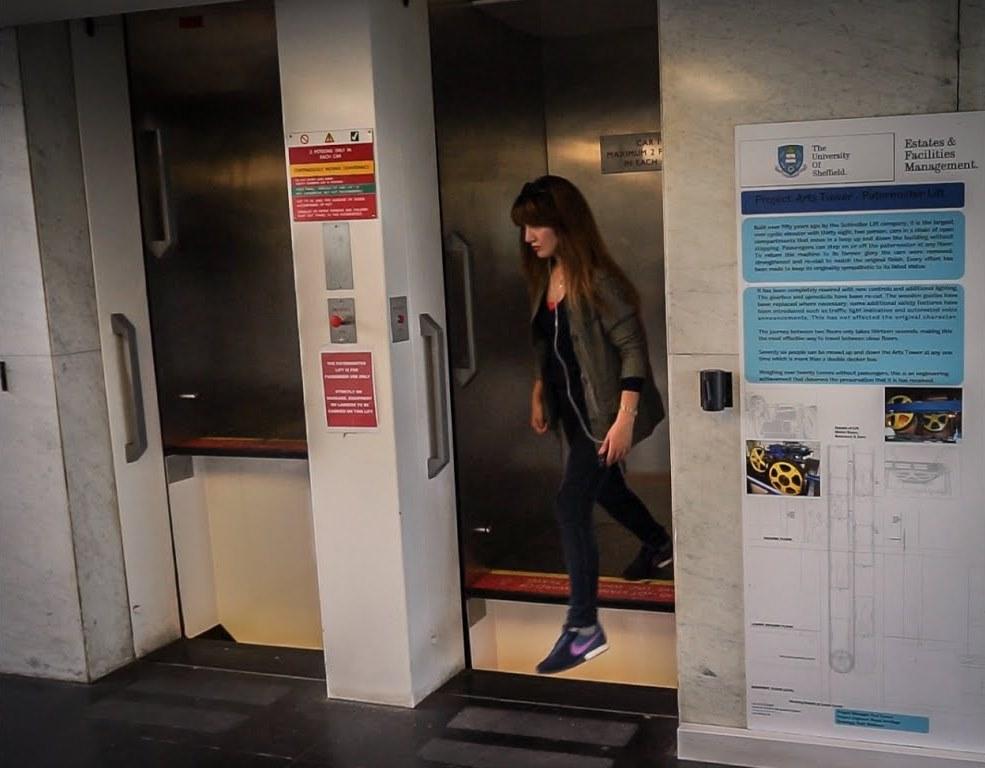 Paternoster elevator